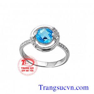Nhẫn vàng trắng topaz