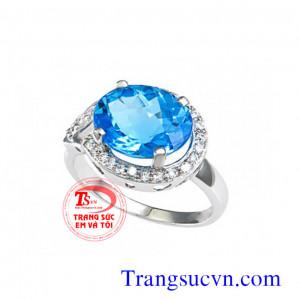 Nhẫn vàng trắng đá topaz