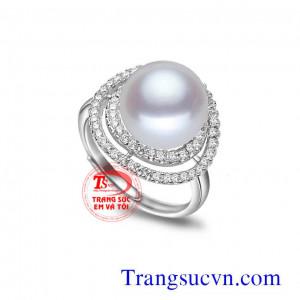 Nhẫn trắng ngọc trai