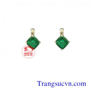 Nụ tai emerald vuông