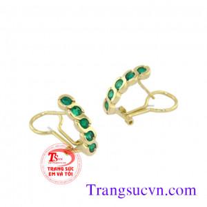 Hoa tai gắn đá Emerald
