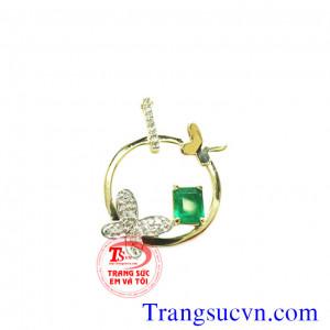 Mặt dây cánh bướm emerald
