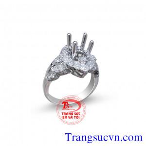 Vỏ nhẫn kim cương tự nhiên