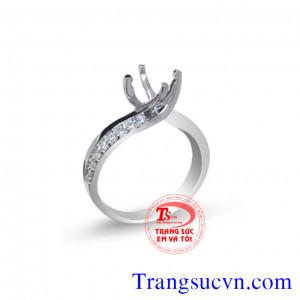 Vỏ nhẫn kim cương xinh