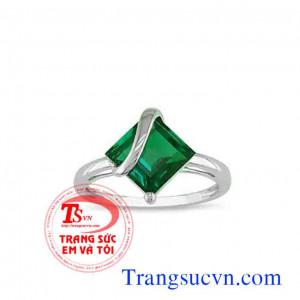 Nhẫn nữ emerald vàng trắng