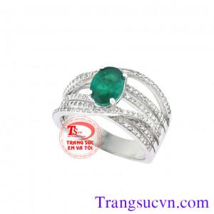 Nhẫn nữ gắn đá emerald quyền quý
