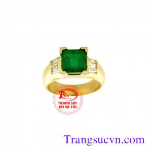 Nhẫn nam gắn đá emerald đẹp