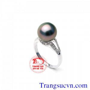 Nhẫn nữ đen tím ánh