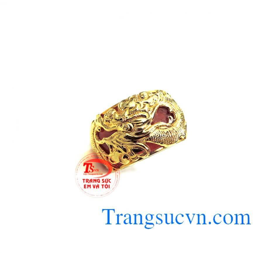 Nhẫn ngọc đỏ rồng vàng