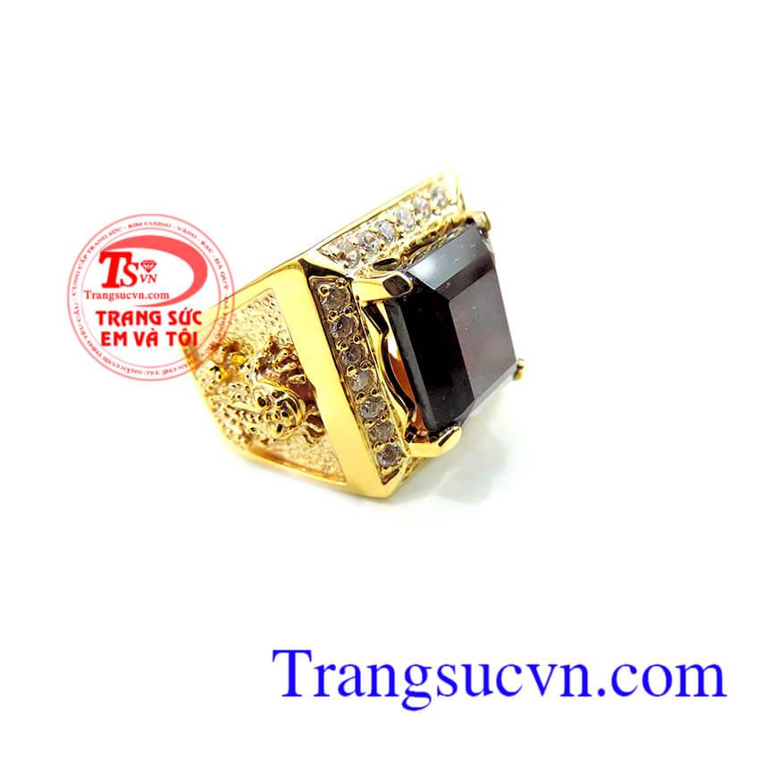 Nhẫn vàng cóc ngậm tiền đá Granet