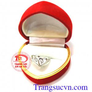 Nhẫn nữ trái tim vàng trắng