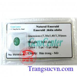 Emerald thiên nhiên lục nhạt