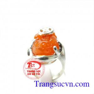 Nhẫn nữ tỳ hưu da cam