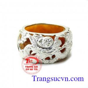 Nhẫn cẩm thạch vàng bọc bạc