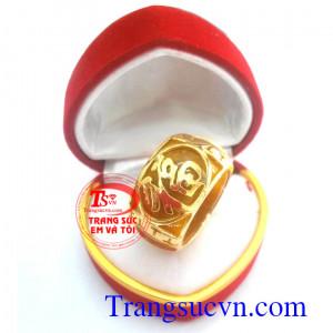 Nhẫn ngọc vàng chữ Phúc vàng