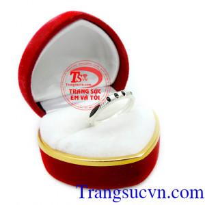 Nhẫn nữ bạc đẹp