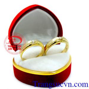 Cặp nhẫn cưới vàng 18k kim cương thiên nhiên