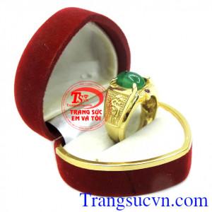 Nhẫn nam đá Emerald thiên nhiên