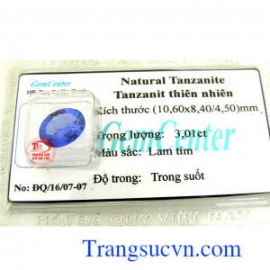 Tanzanit tự nhiên