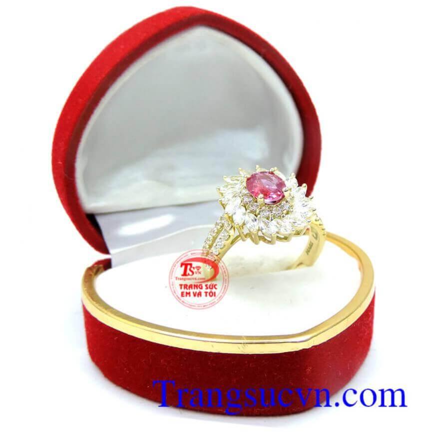 Nhẫn nữ hoa ruby 18k thời trang