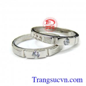 Nhẫn cưới vàng trắng kiểu đẹp 18k