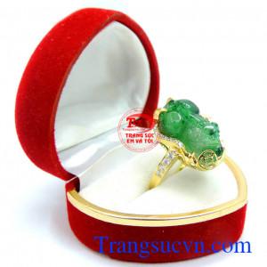 Nhẫn nữ tỳ hưu ngọc cẩm thạch vàng 14k