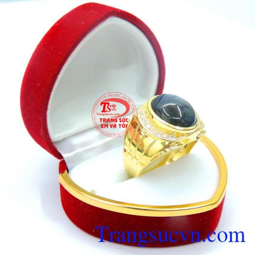 Nhẫn đá saphire vàng 14k nam tính