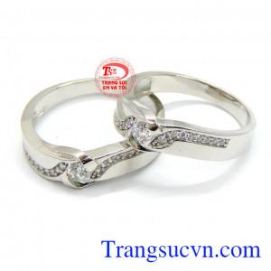 Nhẫn cưới vàng trắng đá quý hạnh phúc
