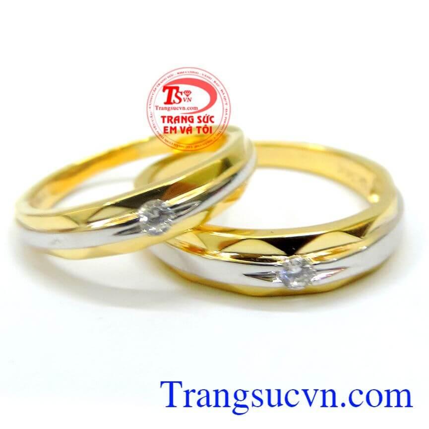 Cặp nhẫn cưới kỉ vật thiêng liêng