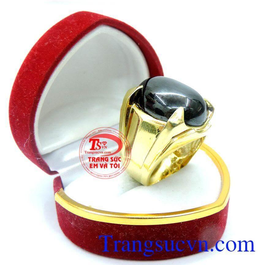 Nhẫn nam vàng đá đen sang trọng
