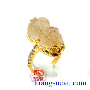 Nhẫn nữ tỳ hưu chạm khắc vàng 10k