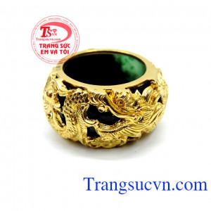 Nhẫn ngọc bọc rồng quý phái đẹp