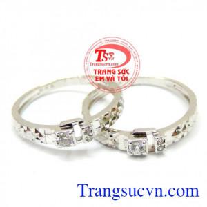 Đôi nhẫn cưới vàng trắng hạnh phúc