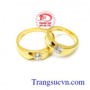 Đôi nhẫn cưới đính đá đẹp