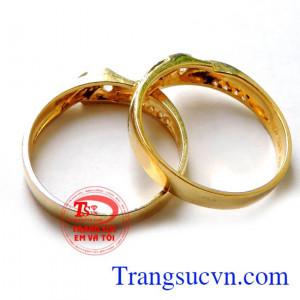 Nhẫn cưới đẹp vàng tây