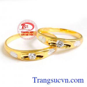 Nhẫn cưới hoa hạnh phúc
