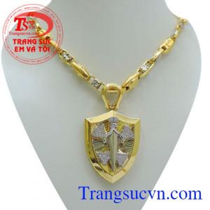 Bán Bộ trang sức vàng đẹp nam đẳng cấp và sang trọng,gồm mặt dây chuyền vàng kiên kiếm + Dây chuyền vàng nam tính và tinh tế đẳng cấp.