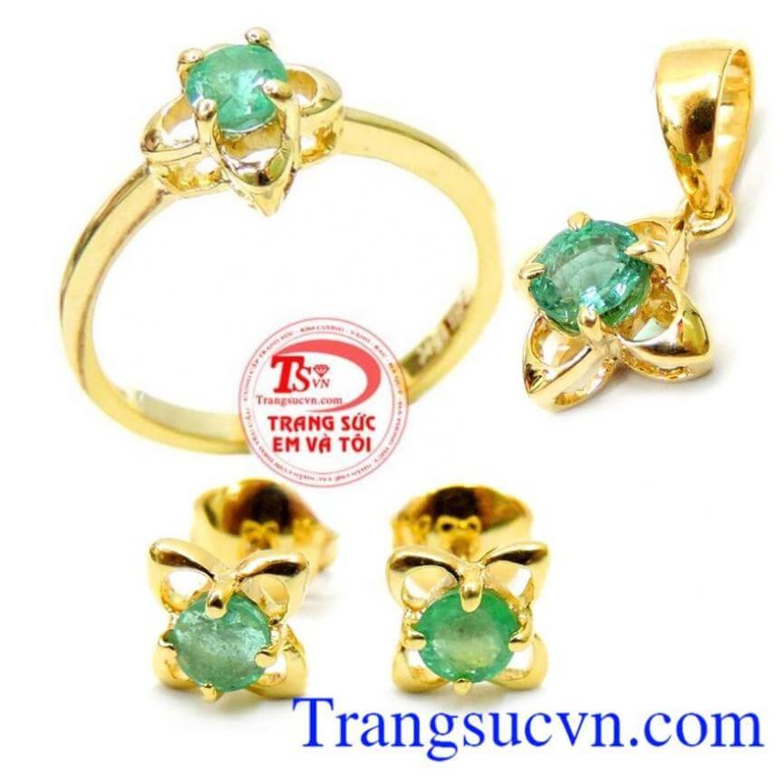 Bộ Trang Sức Vàng Emerald Mệnh Hỏa