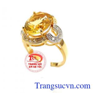 Nhẫn vàng Nữ hoàng may mắn