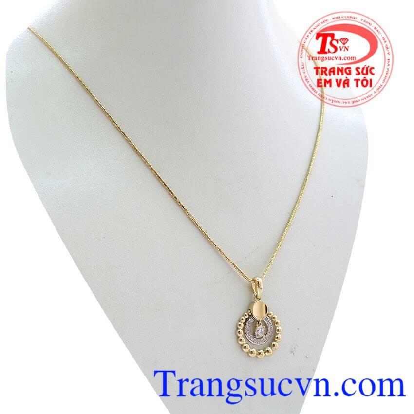 Bộ dây chuyền đẹp, đơn giản nhẹ nhàng, mặt kết hợp với dây tạo nên sự đồng điệu và rực rỡ. Bộ dây nữ thần mặt trời