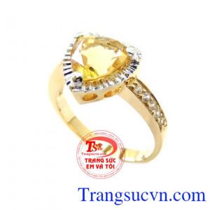 Nhẫn Nữ Thạch Anh Vàng Cá Tính