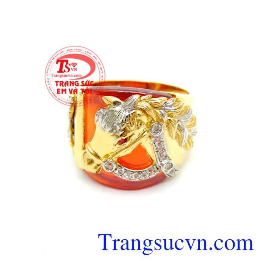Nhẫn Nam Ngựa Vàng Đá Đỏ chất lượng cao. Nhẫn Nam Ngựa Vàng Đá Đỏ, nhẫn nam vàng tây, nhẫn nam đẹp