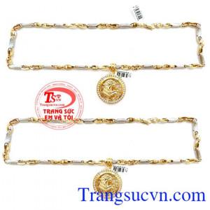 Mặt dây chuyền nam chạm khắc vàng 10k sáng bóng đảm bảo chất lượng hợp thời trang, sang trọng và phong thủy