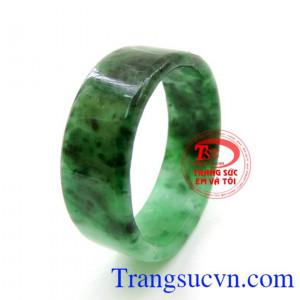 Nhẫn Ngọc Jadeite Nam