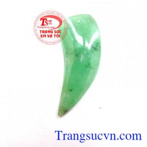 Móng ngọc jadeite bền bỉ