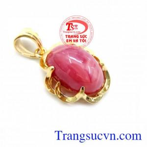 Mặt Dây Chuyền Ruby Tự Nhiên Hình Bầu, mặt dây chuyền vàng tây, mặt dây nữ đeo đẹp.