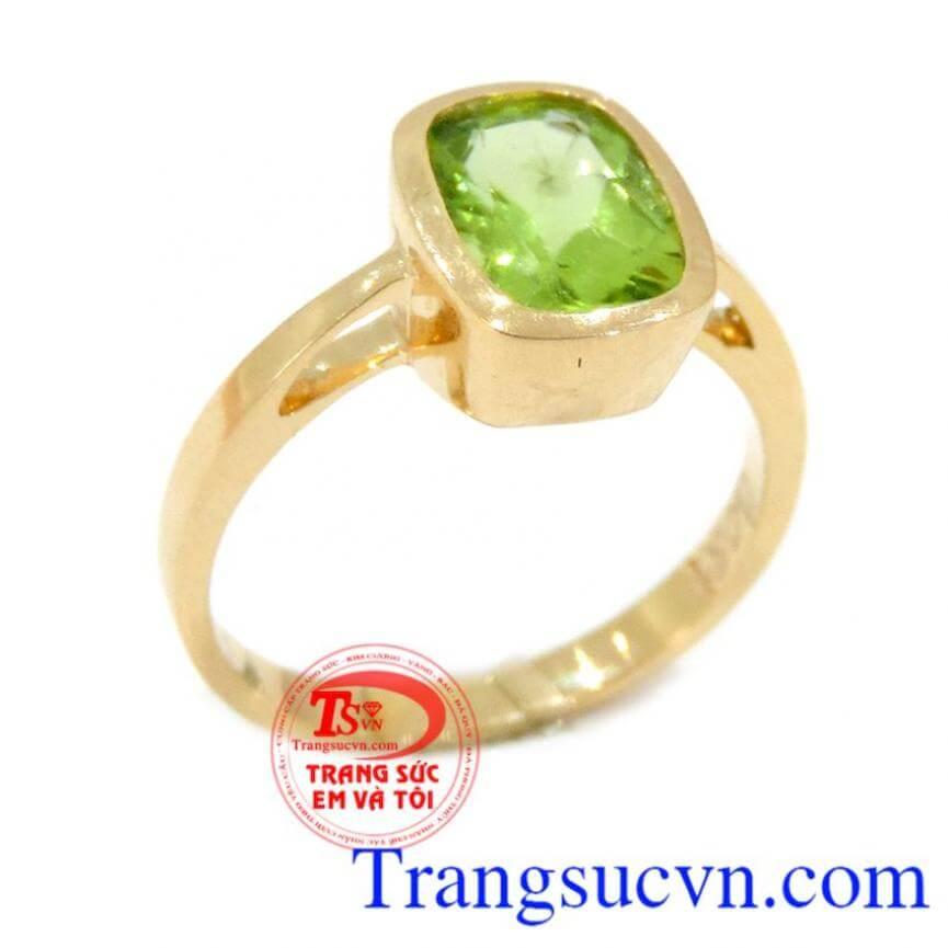 Nhẫn Peridot vàng nữ
