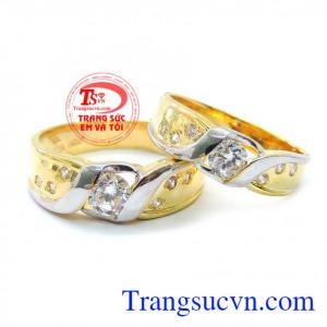 Nhẫn cưới tình yêu hạnh phúc cho tình yêu vĩnh hằng của đôi bạn trẻ