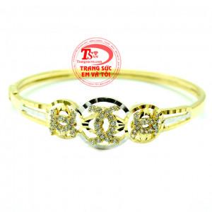 Vòng tay vàng Chanel nữ