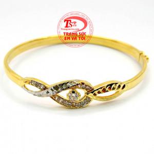 Vòng tay vàng tây xinh xắn